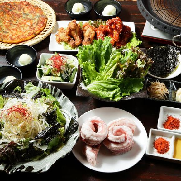 【肉お肉たっぷりコース】7品 3,000円(税抜)